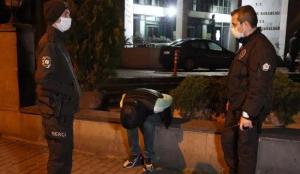 Kısıtlama saatinde aracında uyuşturucu kullanan şahsa cezai işlem uygulandı