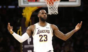 LeBron James All-Star'ı istemiyor