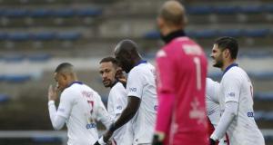 Ligue 1'in zirvesindeki PSG, 7 maç sonra yenildi