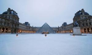 Louvre Müzesi'ndeki eserler selden korunmak için taşınacak