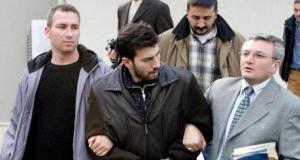 Sevgilisini 46 Yerinden Bıçaklayarak Öldürmüştü! Müzisyen Murat Şenpınar Cezaevinde Hayatını Kaybetti