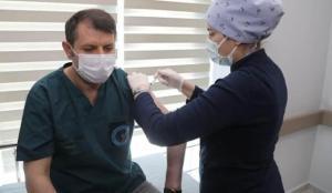 Sivas Valisi Salih Ayhan, Kovid-19 aşısı oldu