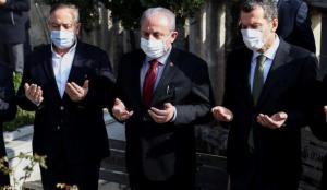 TBMM Başkanı Şentop, Necmettin Erbakan'ın kabrini ziyaret etti!
