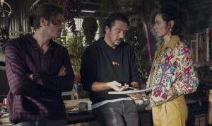 Tolga Karaçelik'in yönetmen koltuğuna oturduğu diziden ilk görseller paylaşıldı