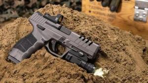 Türk tabancası SAR 9'a ödül