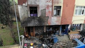 Tuzla'daki 4 katlı binada doğal gaz kutusu patladı: Gün ağırınca olayın boyutu ortaya çıktı