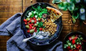Uzmanlar kilo vermek için gereken beslenme yöntemini açıkladı: Akdeniz diyeti mi, veganlık mı?