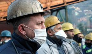 263 madenci anıldı