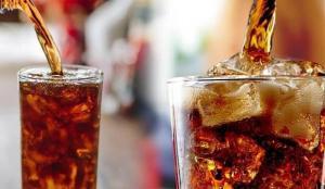 Asitli içecekler pek çok hastalığa neden oluyor! Reflü, diyabet, insülin direnci…