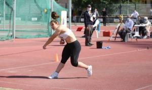 Atletizmde gençlerden büyük başarı