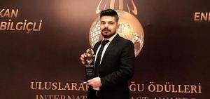Aziz Karataş'a 'En Başarılı Gazeteci Ödülü'