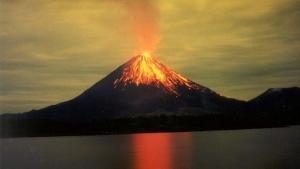Dünyanın En Büyük Yanardağı Uykusundan Uyanıyor: 200'den Fazla Deprem Tespit Edildi