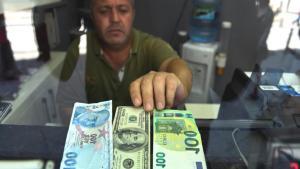 FT: Ağbal Erdoğan'la Birkaç Hafta Görüşmedi, İki Günde 6,5 Milyar Dolar Çıkış Oldu