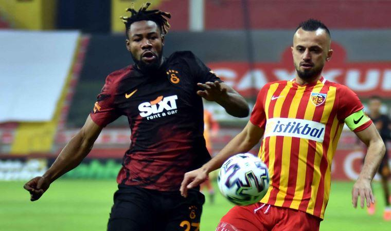 Galatasaray Kayseri'de farkı açtı