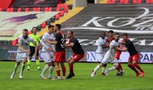 Gaziantep Denizli'yi 2. yarıda geçti