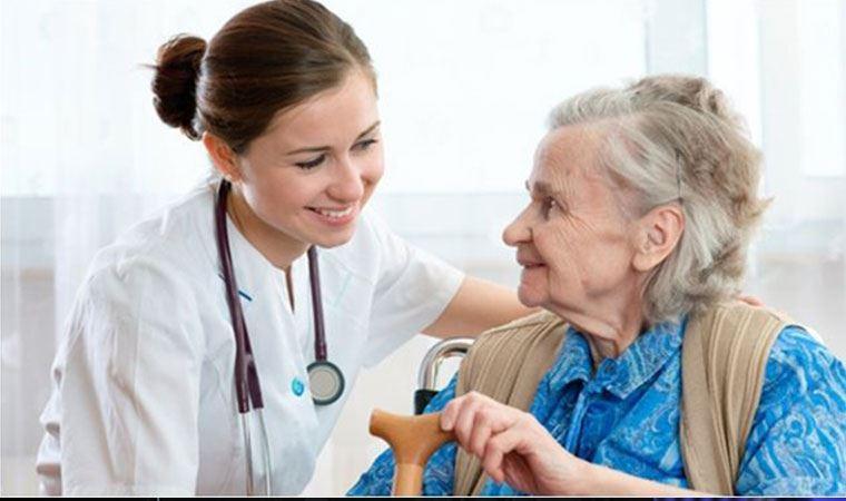 """İleri yaş grubunda en sık görülen hastalıklar içinde """"demans"""" öne çıkıyor"""