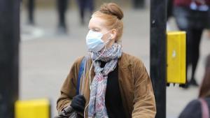 İngiltere'de koronavirüs nedeniyle son 24 saatte 101 kişi hayatını kaybetti