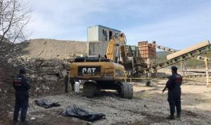 Karabük'te kum ocağındaki taş kırma makinesine sıkışan 2 işçi öldü