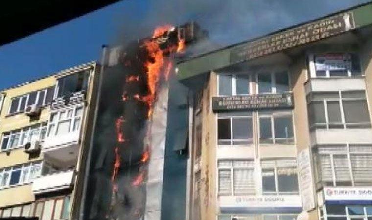 Kartal'da dershanenin de bulunduğu binada yangın çıktı