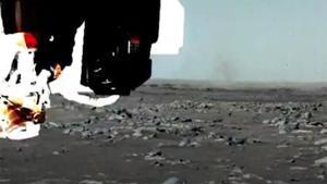 NASA'dan bir birinci: Toz şeytanı görüntülendi