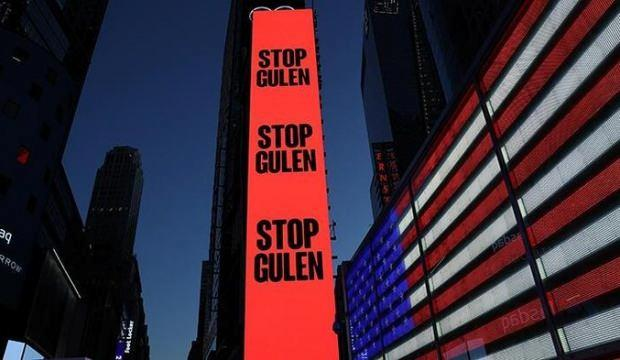 """New York Times Meydanı'nda """"Gülen'i durdurun"""" ilanı!"""