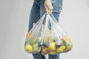 Plastik poşetlerle ilgili flaş gelişme! Kurala uymayanların 1 Ocak 2022'den itibaren satışları yasaklanacak