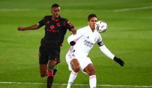 Real Madrid'e derbi öncesi darbe