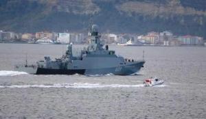 Rus savaş gemisi 'Vyshniy Volochek' Çanakkale Boğazı'ndan geçti