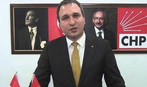 Üsküdar'da CHP'li Belediye Meclis üyeleri istifa edip AKP'ye geçti