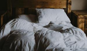 Yastık seçimi boyun ağrılarını tetikliyor: Peki doğru yastık nasıl seçilir?