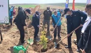 """Eskişehir'de 10 bin """"iyilik fidanı"""" toprakla buluştu"""