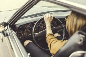 Kadınlar daha az trafik kazası yapıyor