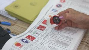 Seçim barajı sorusuna Cumhurbaşkanı Başdanışmanı Uçum'dan yanıt: Yüzde 5 ya da 7'ye düşürülebilir