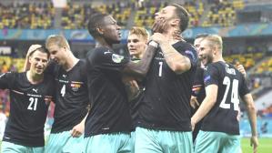Arnautovic'ten büyük ayıp! Irkçılık yapan Avusturyalı oyuncuya arkadaşı bile tahammül etmedi