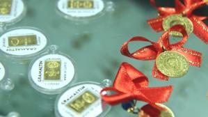 Güne yükselişle başlayan altının gram fiyatı 527 liradan işlem görüyor