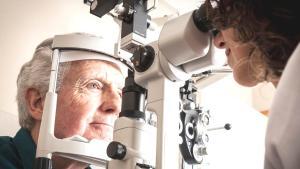 Her yaşta katarakt tedavisi uygulanabiliyor