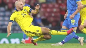 İsveçli futbolcunun insanlık dışı faulüne futbolseverlerden tepki yağdı