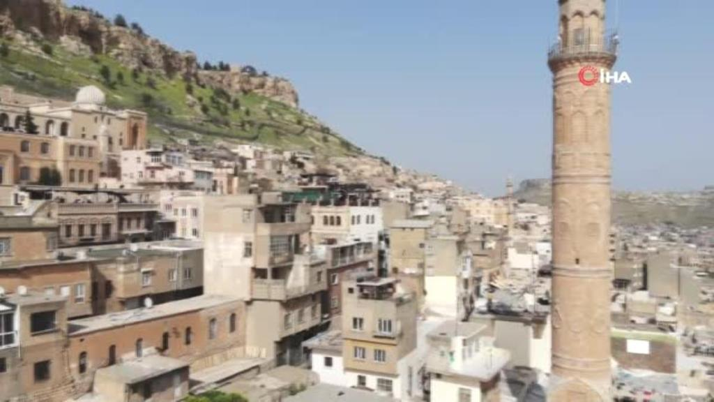 Mardin'de hafta sonu turist yoğunluğu yaşanıyor