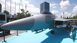 Milli Muharip Uçak görücüye çıktı! Savaş uçağı için tarih verildi