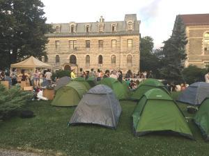 Boğaziçili Öğrenciler Çadır Nöbetine Başladı: #GitmiyoruzKalıyoruz