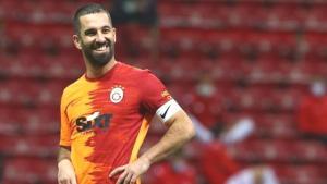 Galatasaray'da Arda Turan'ın maaşına yüzde 100 zam yapılıyor
