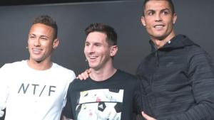 PSG, Messi'ye Barcelona'dan daha yüksek bir maaş teklif etti