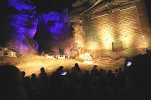 Tarihi açık hava tapınağında 'Kybele' oyununun ilk gösterimi yapıldı