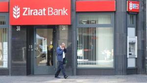Ziraat Bankası'ndaki sistem arızası kısa süre içinde sosyal medyada gündem oldu! Yüzlerce tweet atıldı