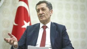 Eski Bakan Ziya Selçuk, istifasından sonra ilk paylaşımını yaptı: Yenilikle yeniden buluştum