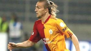 Fenerbahçe'de kadro dışı kalan Caner Erkin, Galatasaray'la görüşüyor