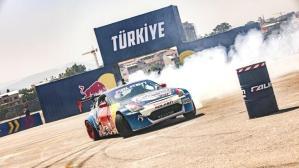Red Bull Car Park Drift'te Türkiye'nin en iyi pilotu Berfu Tutumlu oldu