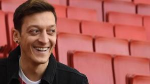Fenerbahçe'nin yıldızı Mesut Özil, Amerika'dan aldığı teklifleri doğruladı