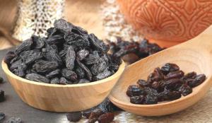 Siyah çekirdekli kuru üzümün faydaları nelerdir? Her gün kuru üzüm yemek neye iyi gelir?