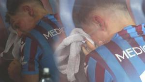 Son dakika – Trabzonsporlu Abdülkadir Ömür gözyaşlarına hakim olamadı!